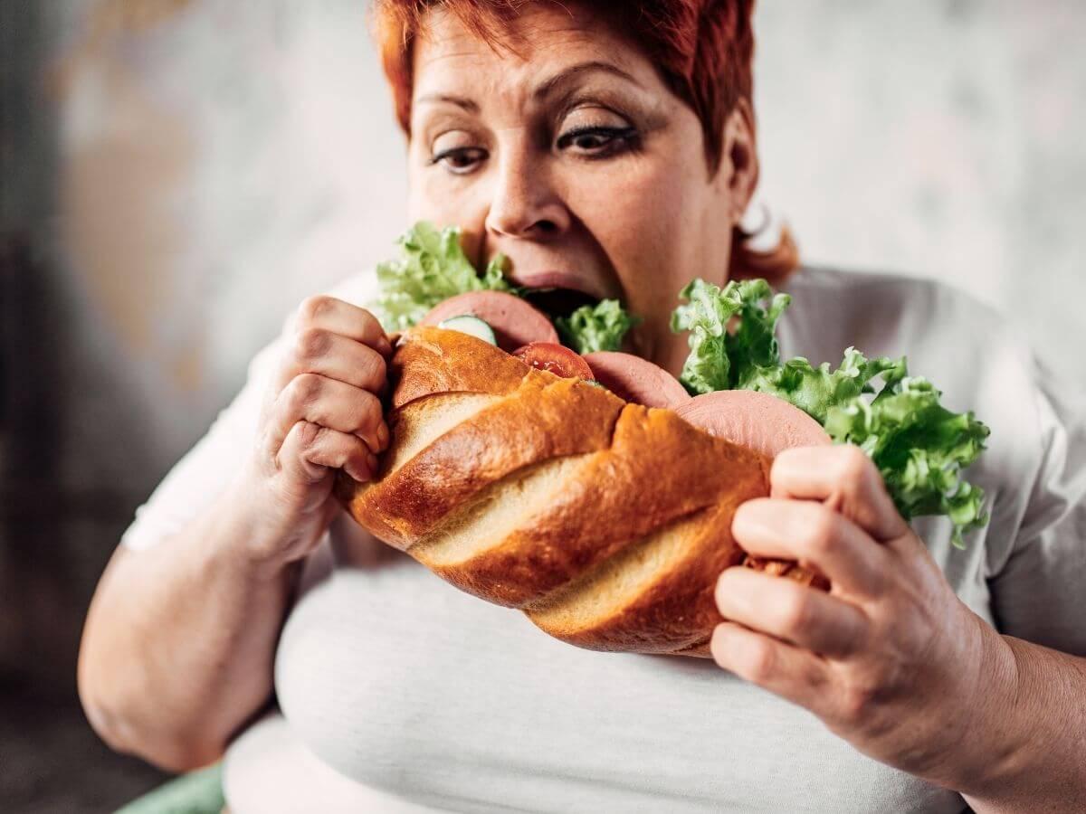 ダイエット中における食べ過ぎた日と翌日の対処法をお伝えします!